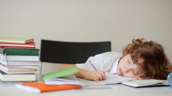 La dislexia es una deficiencia de la lectura, la escritura y el aprendizaje (Shutterstock)