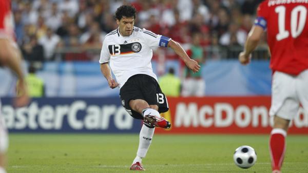 El ex capitán de Alemania, no logró quedarse con el trofeo (Shutterstock)