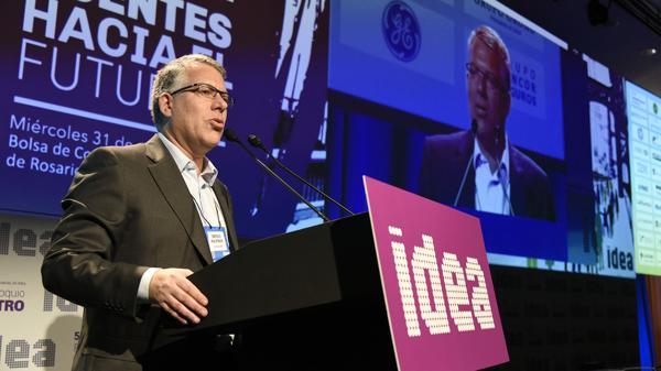 El presidente del 52 Coloquio de IDEA, Sergio Kaufman, abrió el Pre Coloquio Centro desarrollado en la ciudad de Rosario (IDEA)