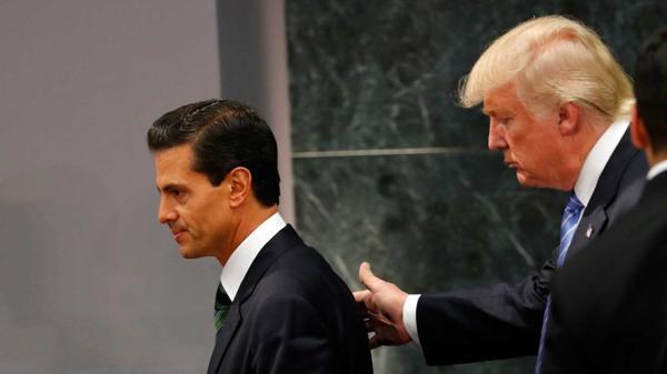 Peña Nieto recibió muchas críticas por reunirse con Donald Trump(AFP)