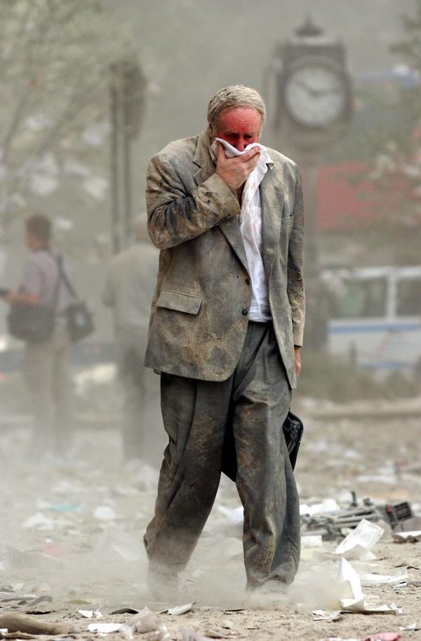 Miles de personas sufrieron estrés post traumático. Los casos psiquiátricos se multiplicaron en Nueva York y muchos murieron años después (AFP)