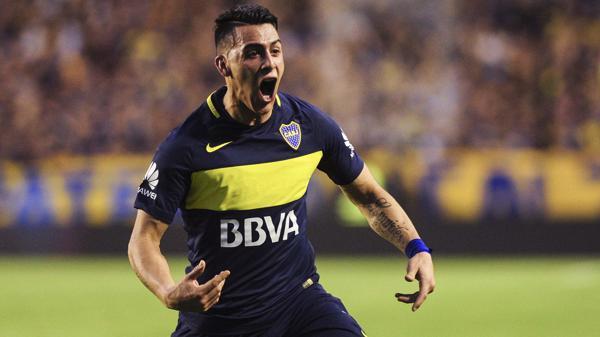 Cristian Pavón marcó de tiro libre el segundo tanto ante Belgrano de Córdoba(Télam)