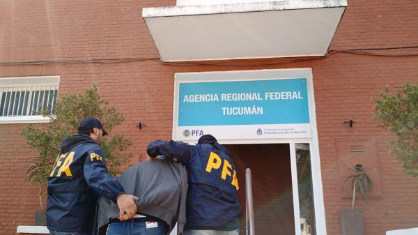 Su detención a cargo de la PFA. (Ministerio de Seguridad)