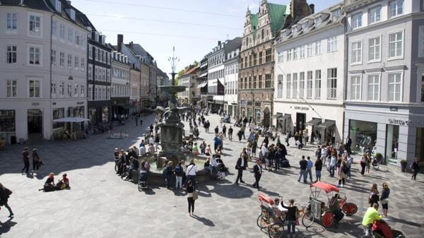 La Strøget es la calle peatonal más grande de Europa: gestión de Gehl junto a las autoridades de Copenhague
