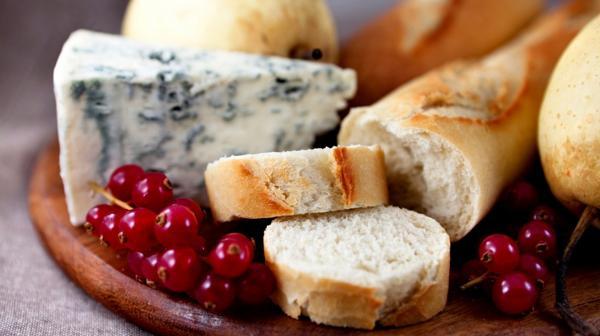 La alimentación francesa llena de grasas e hidratos paradójicamente es buena para la salud(Istock)