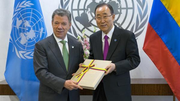 Temer destacó la firma de la paz en Colombia. (Foto: Juan Manuel Santos junto a Ban Ki-moon) (AP)