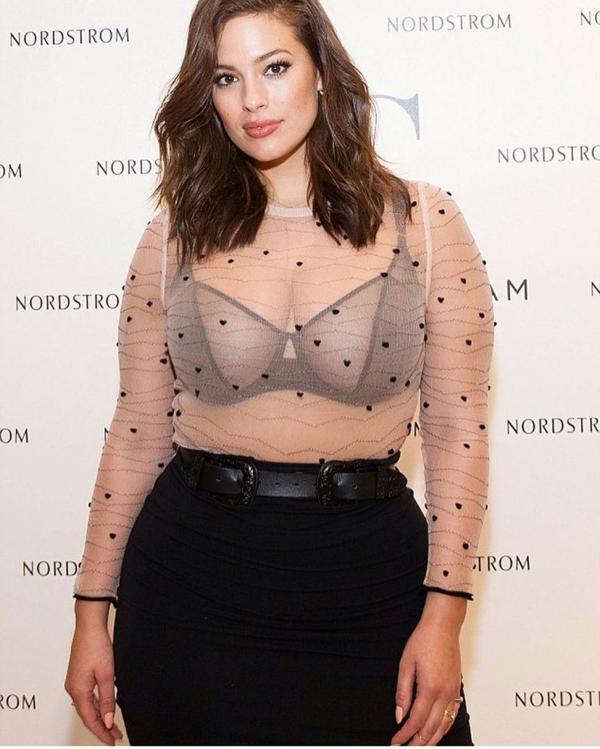 Otra de las conquistas de la modelo fue lanzar su ropa de lencería para mujeres de todos los talles, su colección AG estará disponible en la tienda Nordstrom