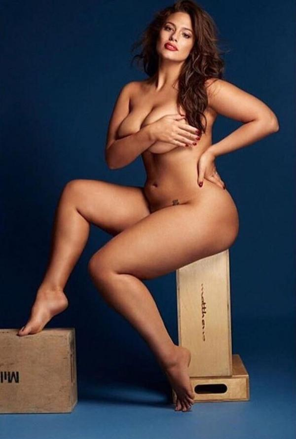 Desnuda y al natural, Ashley posó para la lente del reconocido fotográfo Matthew Eade y fue tapa de la revista de moda Grazia en su edición británica de septiembre