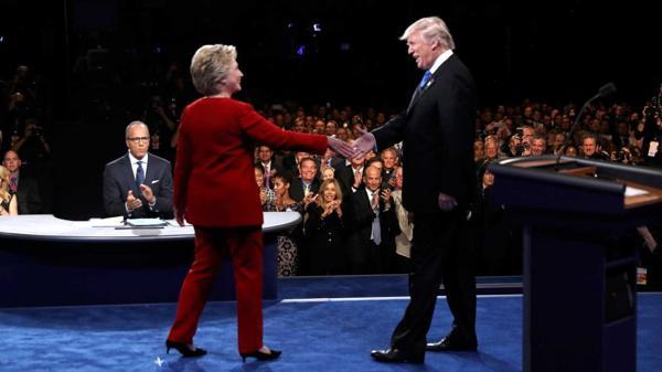 En las últimas encuestas, Clinton sacó una ventaja de 11 puntos sobre Trump (Reuters)