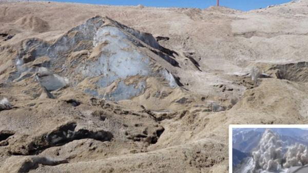 El glaciar Toro 1, cubierto de polvo.