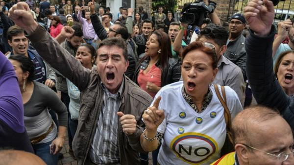 """Impacto en Colombia: el """"No"""" ganó el plebiscito y se cayó el acuerdo de paz con las FARC"""