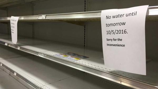 Los supermercados agotaron sus productos de primera necesidad con días de anticipación