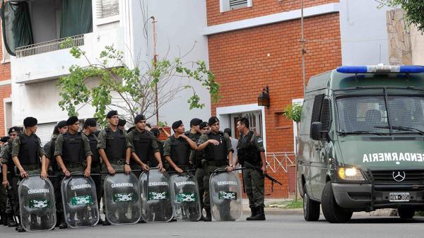 Los intendentes de la provincia de Buenos Aires y el Conurbano reclaman gendarmes para su territorio (NA)
