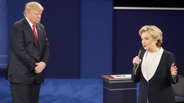 Aún queda un tercer debate antes de las elecciones generales ne noviembre (Reuters)