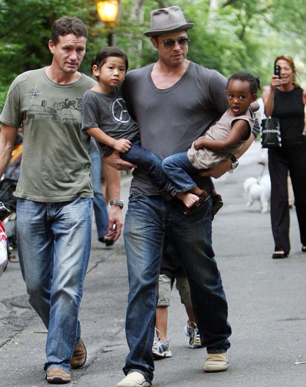Billingham junto a Brad Pitt