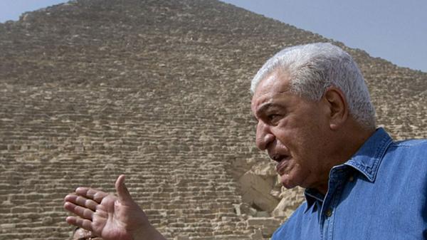 Zahi Hawas, ex ministro de Antigüedades de Egipto, tiene dudas respecto al descubrimiento (AP)