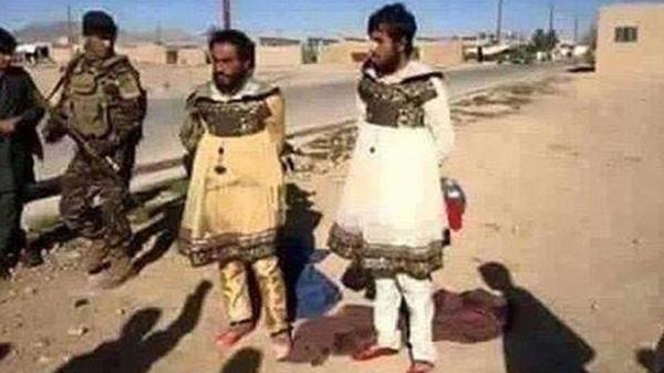 Acorralados por el avance de las tropas iraquíes, terroristas del ISIS intentan escapar de Mosul vestidos como mujeres