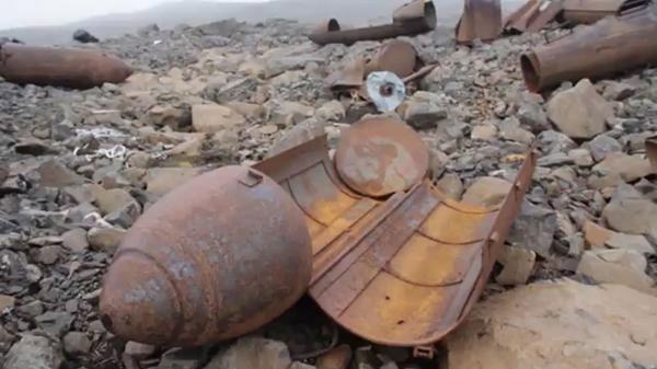 Morteros desarmados y oxidados fueron desenterrados de la base en Alexandra Land, cerca del Polo Norte