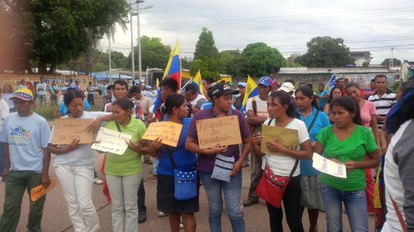 Los venezolanos reclaman la aplicación del revocatorio