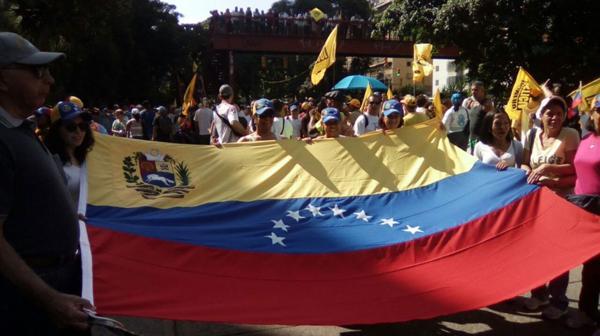 Los venezolanos marcharon pacíficamente