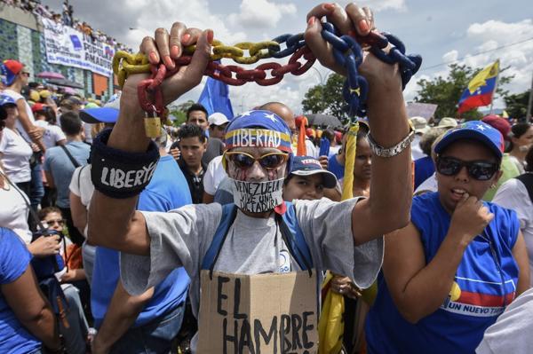Los venezolanos quieren un cambio de gobierno urgente (AFP)
