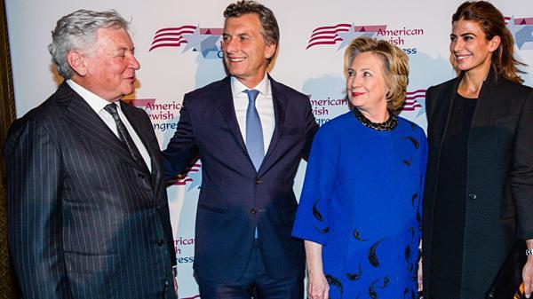 El magnate Jack Rosen, Mauricio Macri, Hillary Clinton y Juliana Awada en una foto de 2014