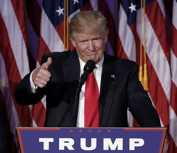 Donald Trump, relajado y feliz minutos después de que se confirmara su triunfo en las elecciones