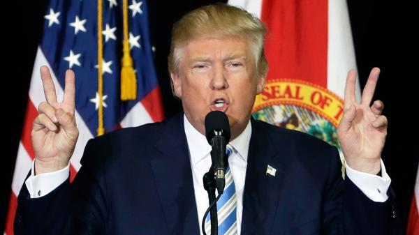"""Donald Trump dijo al Wall Street Journal que haydisposiciones del Obamacare que le """"gustan mucho"""" (AP)"""