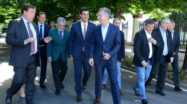 Macri junto a ocho gobernadores (Presidencia)