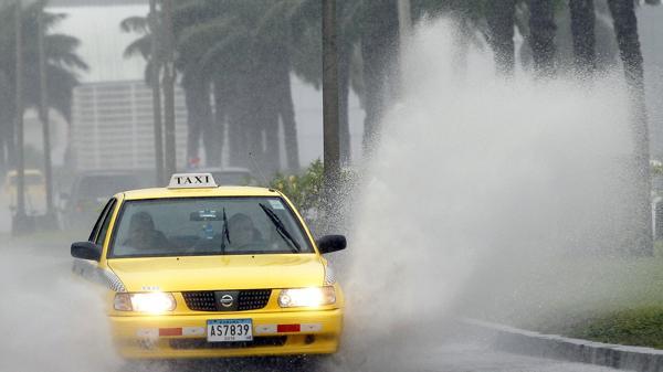 La tormenta tropical se podría transformar en huracán en las próximas horas (EFE)