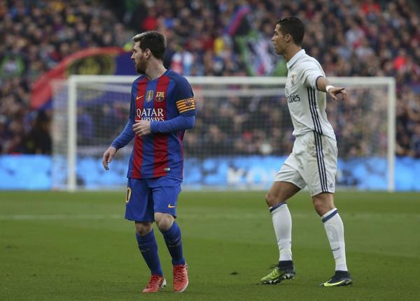 Lionel Messi y Cristiano Ronaldo, las máximas figuras del Barcelona y Real Madrid (SOCCER SPORT)