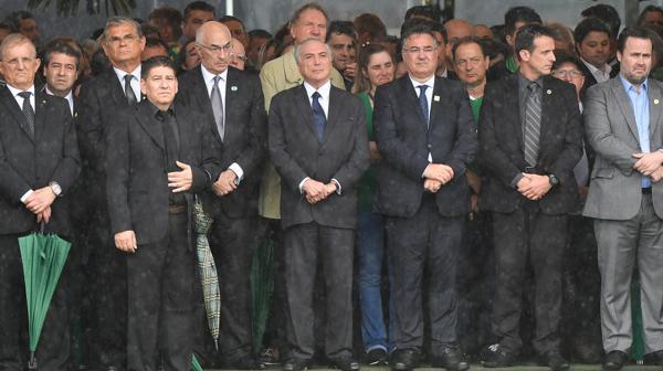 El presidente Michel Temer asistió al funeral (AFP)