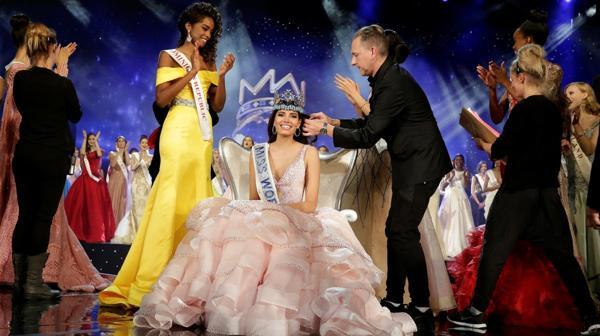 Stephanie del Valle es la segunda puertorriqueña en llevarse la corona desde 1975 Reuters)