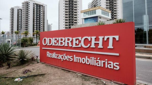 La constructora brasileña realizó millonarios pagos a funcionarios de diferentes países para obtener contratos (AFP)