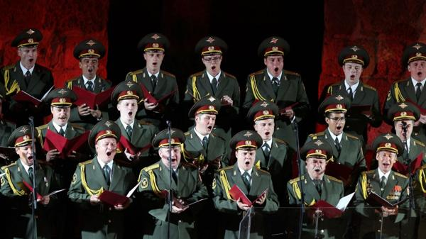 """Miembros del Coro del Ejército Rojo también conocido como """"Ensemble Alexandrov"""" (EFE)"""