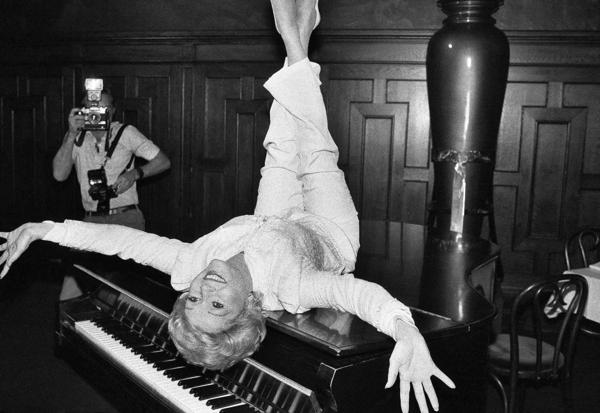 Debbie Reynolds en una foto de 1982 (AP)