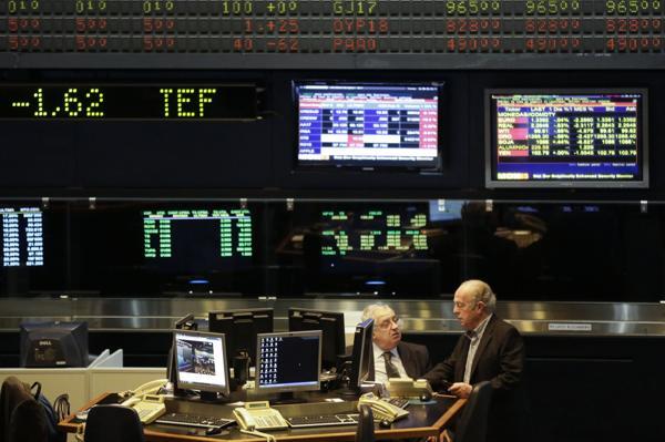 La recesión y la elevada inflación fueron un obstáculo para los activos argentinos. (AP)