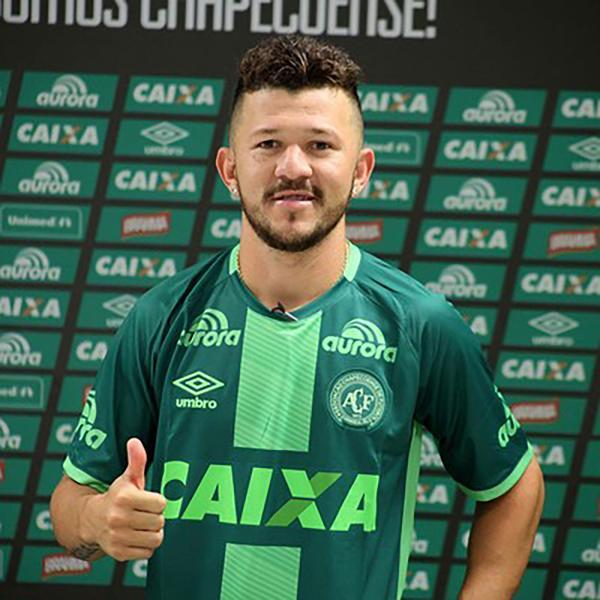 Rossi llega del Goiás