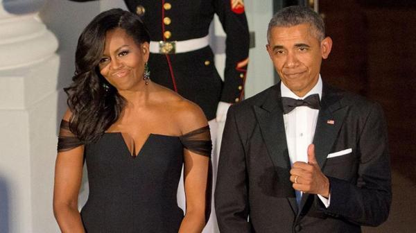 Michelle y Barack Obama. (Foto de archivo. La Casa Blanca aún no difundió las imágenes de la gala de este viernes)