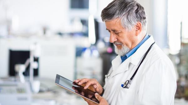 La telemedicina pretende ampliar el acceso de los tratamientos de salud