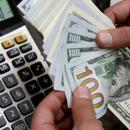El valor del dólar sigue debajo de la zona de no intervención dispuesta por el Central. (Reuters)