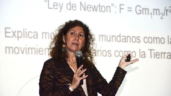 La investigadora continuará con su trabajo sobre ondas gravitacionales al menos hasta marzo de 2017. Foto: Irma Montiel/Télam/aa
